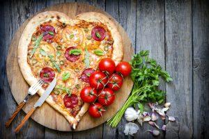 Por que pizza? Porque todo mundo gosta de pizza :)
